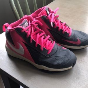 Girls Nike Basketball Shoes